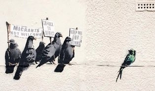 Banksy: «Keep off our worms»
