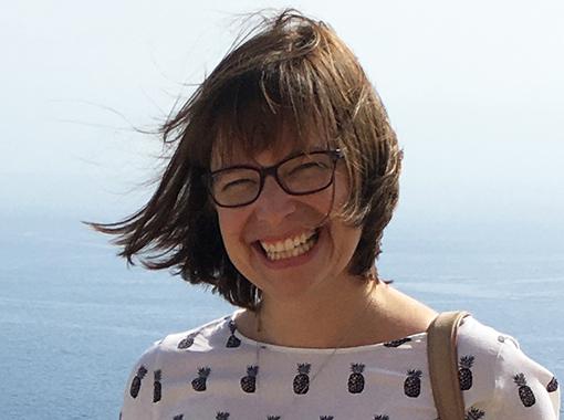 (Deutsch) Janine Köpfli, Journalistin: «Ich finde die Erfüllung draussen bei den Menschen.»